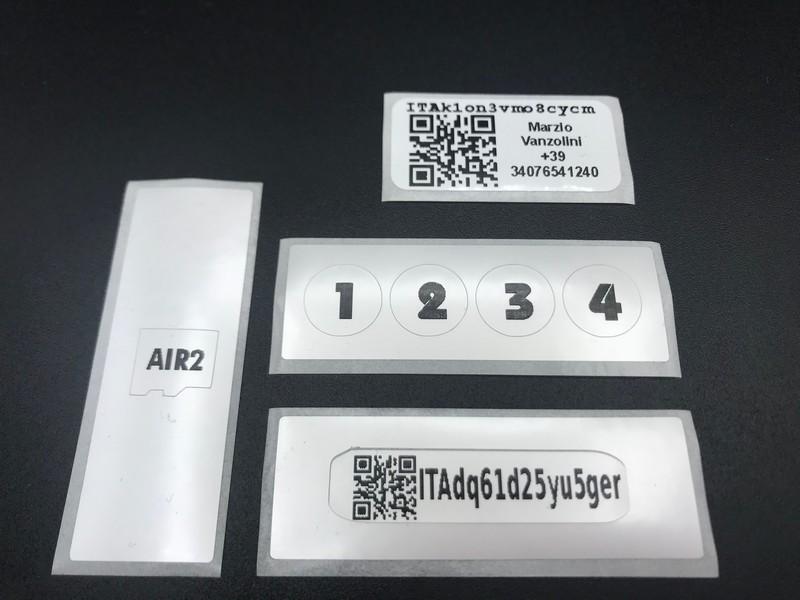 qr code adesivi personalizzati